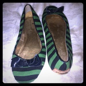 Green and Navy Striped Kate Spade knit flat sz 9.5